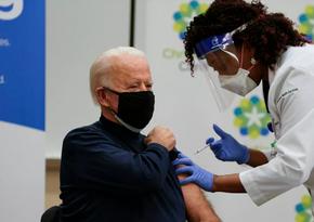 Байден сделал вторую прививку от коронавируса