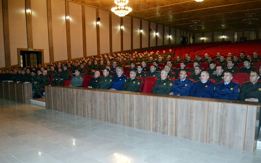 Əlahiddə Ümumqoşun Orduda komandirlərin toplantısı keçirilir - VİDEO