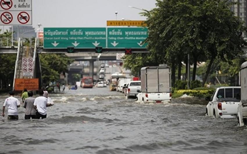 Taylandda daşqın nəticəsində 70 mindən çox insan zərər çəkib