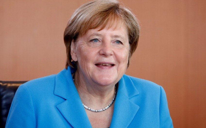 Merkel Almaniyada kadr çatışmazlığı probleminin olduğunu bildirib