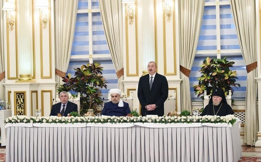 Президент Ильхам Алиев: Азербайджан вносит ценный вклад в укрепление исламской солидарности