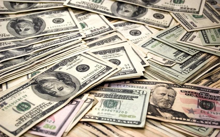 Azərbaycanda bankların dollara tələbatı 4 dəfə artıb