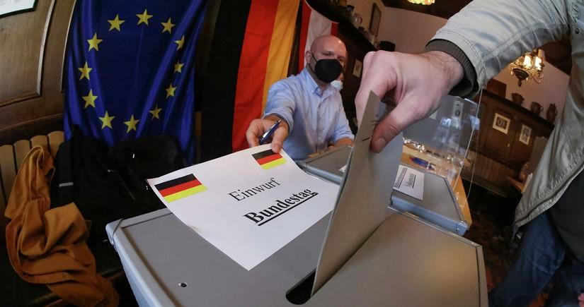 Almaniyada müxalif partiyanın adı səslərin hesablanması protokoluna salınmayıb