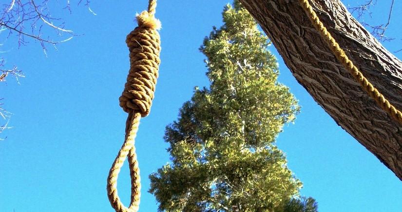 Göygöldə 56 yaşlı qadın intihar edib