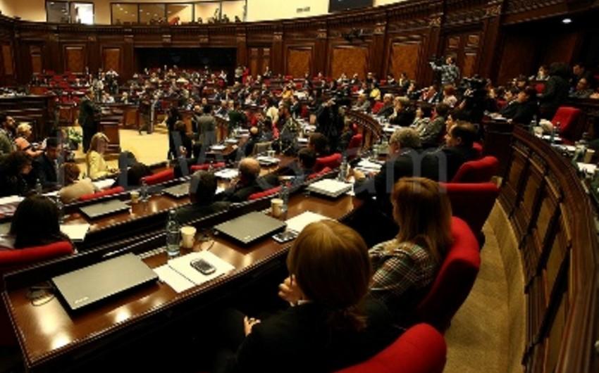 Ermənistan parlamenti bu gün yeni hökumətin formalaşdırılmasını müzakirə edəcək