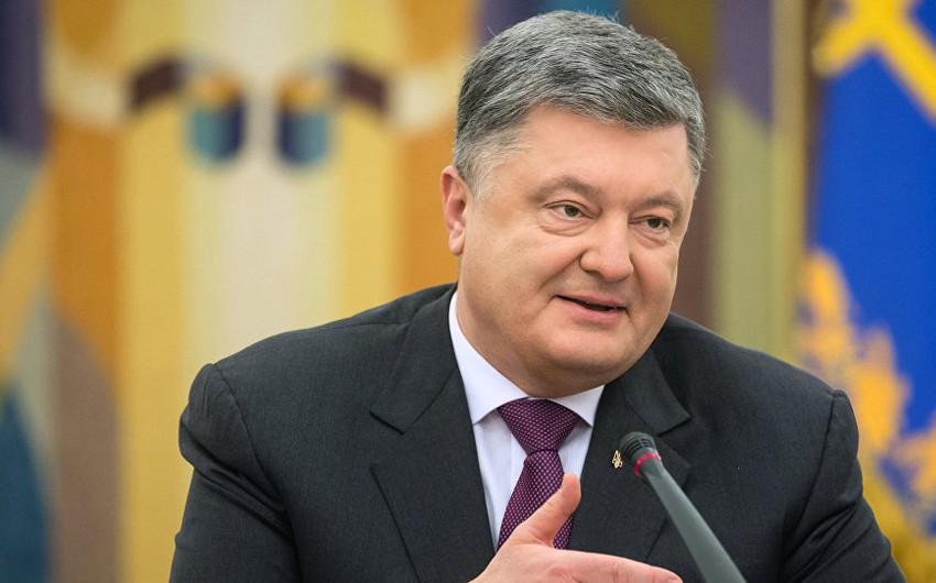 Ukrayna prezidenti Avropa İttifaqı və NATO-ya daxil olmaq üzrə referendum keçiriləcəyini elan edib