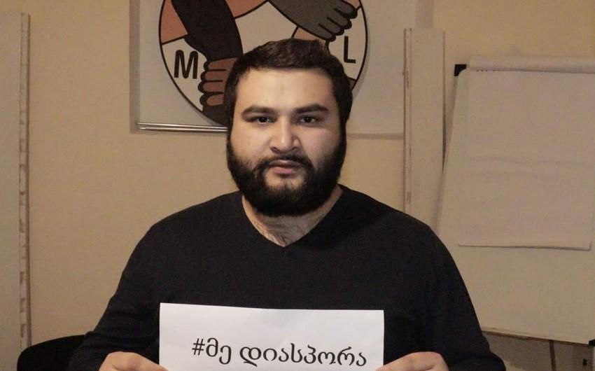 Azərbaycanlı gənclər Gürcüstan parlamentinə etiraz edirlər