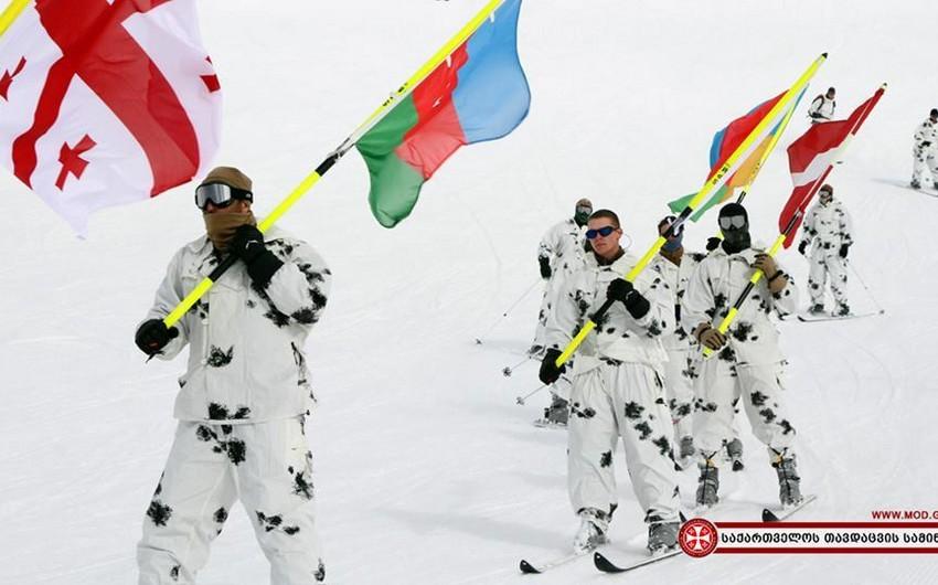 Azərbaycan NATO-nun Gürcüstandakı qış dağ hazırlığı kursunda təmsil olunur - VİDEO