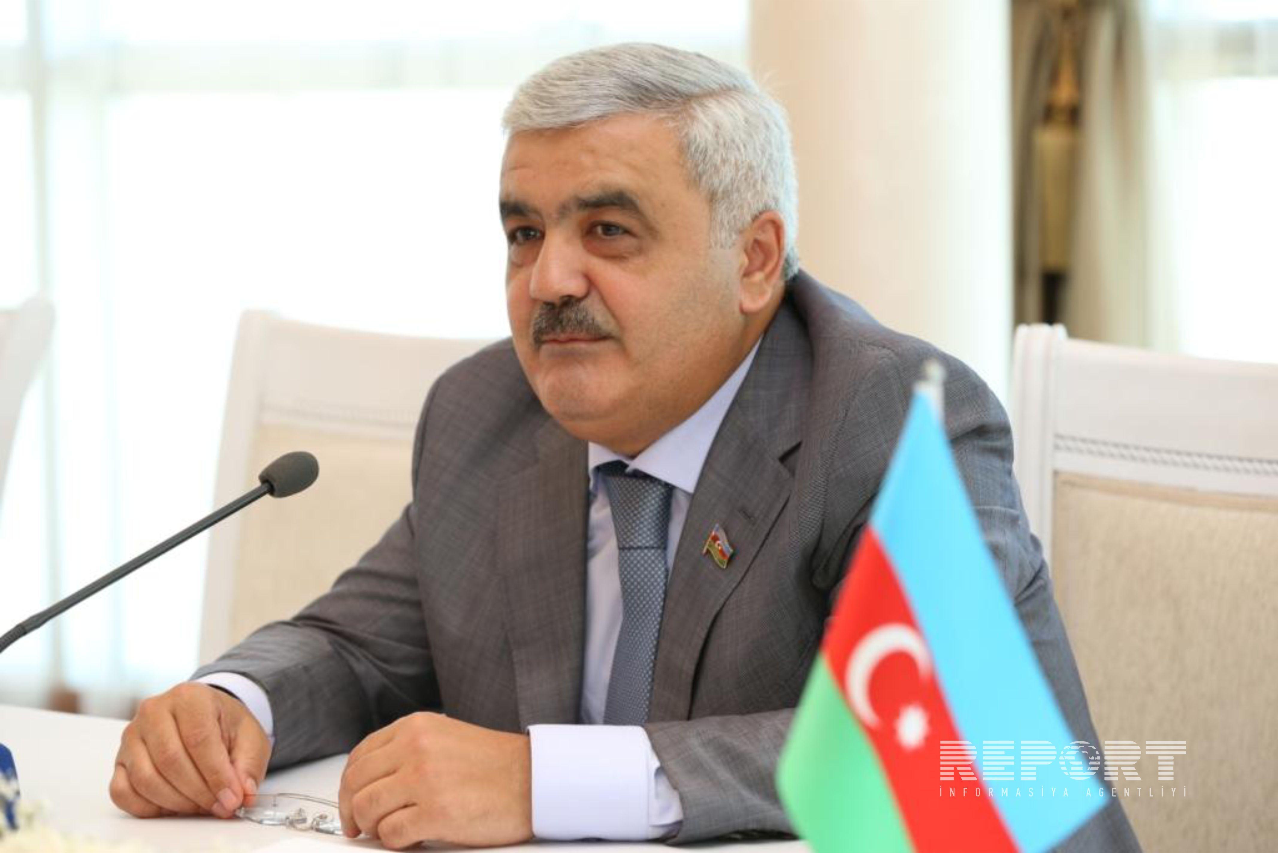 SOCAR rəhbəri Türkmənistan prezidenti ilə enerji məsələlərini müzakirə edib