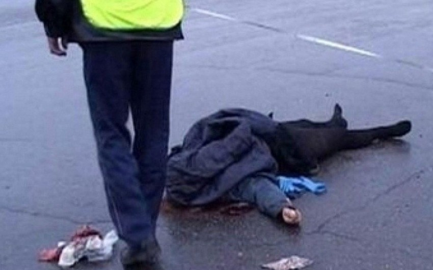 Şirvanda avtomobilin vurduğu piyada xəstəxanada ölüb - YENİLƏNİB