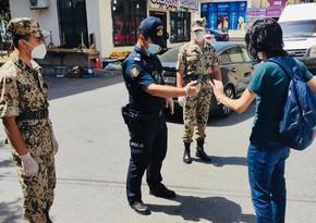 В Баку полиция продолжает проводить контрольно-профилактические мероприятия