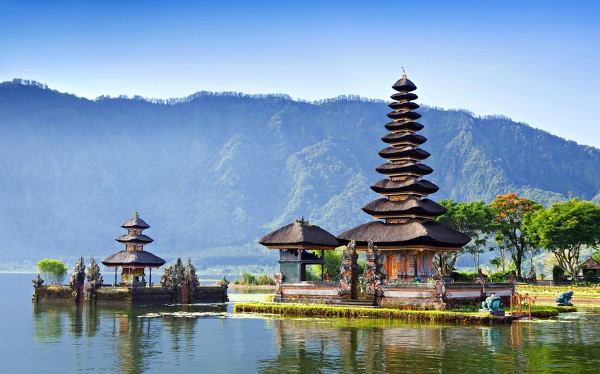 5.6 magnitude quake hits Indonesia