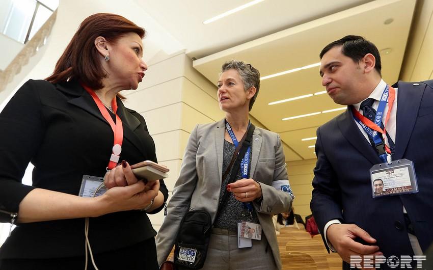 Глава миссии БДИПЧ ОБСЕ наблюдает за президентскими выборами в Азербайджане
