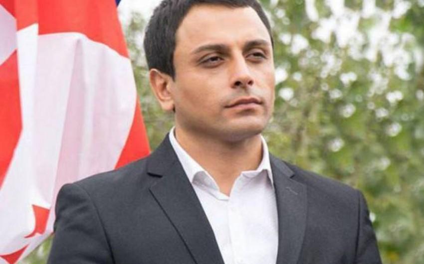 Gürcüstanda azərbaycanlı sabiq icra başçısı 7 aylıq maaşını tələb edir