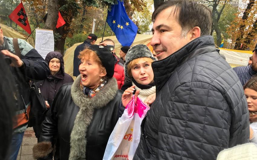 Kiyevdə Saakaşvilinin tərəfdarlarının mitinqi başlayıb - YENİLƏNİB - VİDEO