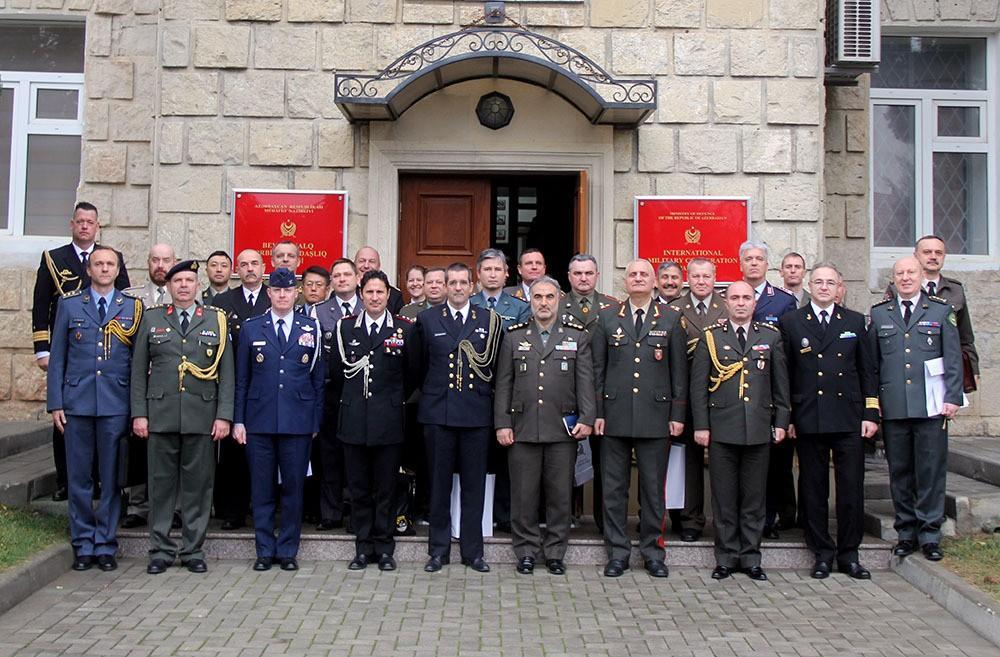Состоялась встреча с военными атташе иностранных государств, аккредитованными в Азербайджане