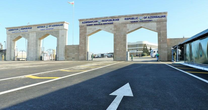 Азербайджан может открыть сухопутные границы на следующей неделе - ЭКСКЛЮЗИВ
