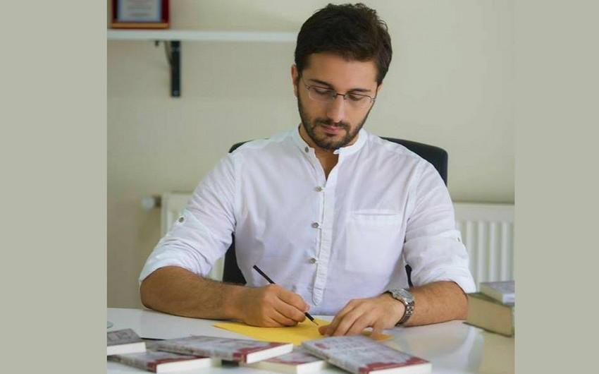 Bakıda tanınmış yazıçı Hikmet Anıl Öztekinin seminarı və imza saatı keçirilib