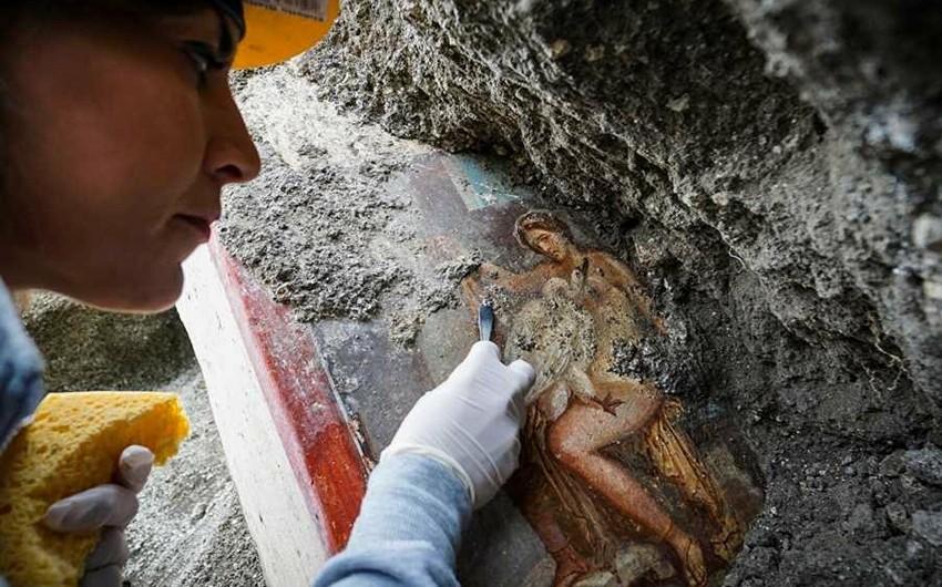 Робот будет работать в восстановлении фрески в Помпеях