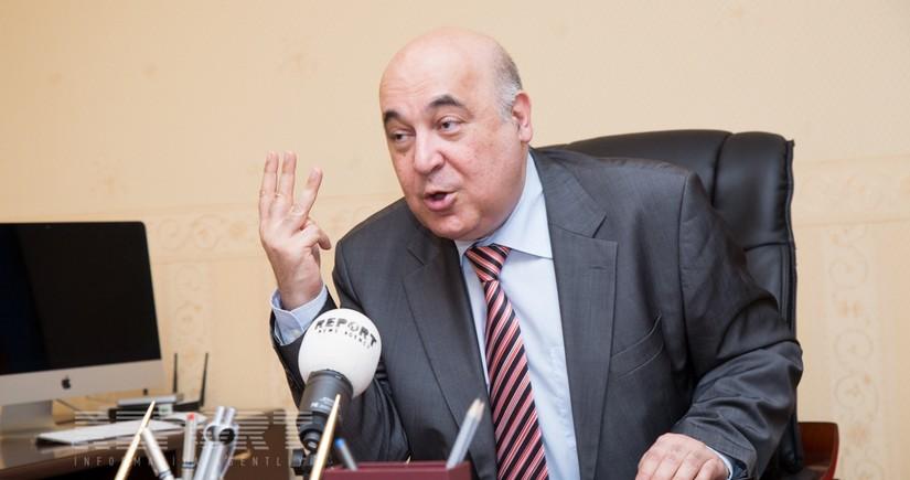 Çingiz Abdullayev müzakirələrə səbəb olan statusundan danışıb