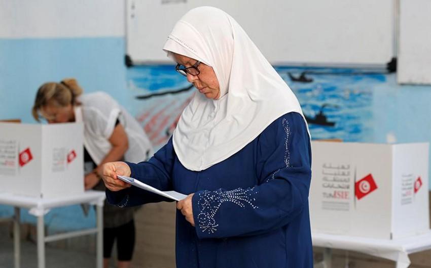 В Тунисе начался второй тур досрочных президентских выборов