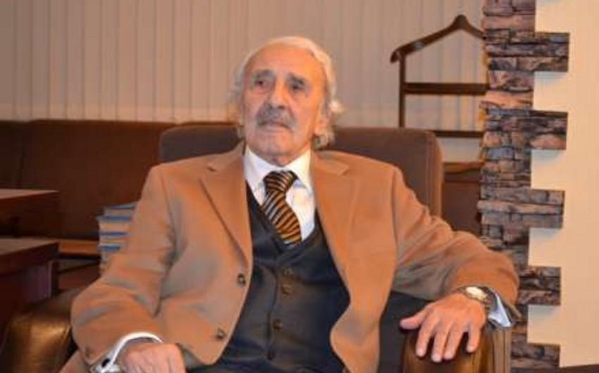 Cəmil Ünal Arif Hacılı və Qubad İbadoğlu arasında seçim edib