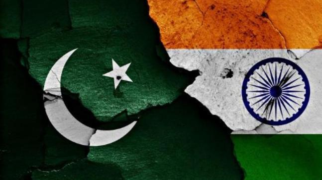 Hindistan və Pakistan tranzit uçuşlar üçün sərhədyanı hava məkanını bağlayıb
