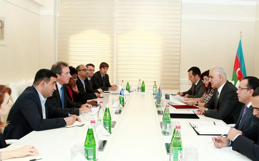 Azərbaycanın iqtisadiyyat naziri Dünya Bankının vitse-prezidenti ilə görüşüb