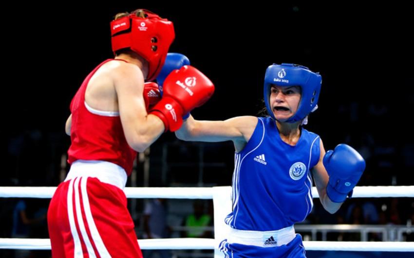 Azərbaycanın qadın boksçusu Polşada bürünc medal qazanıb