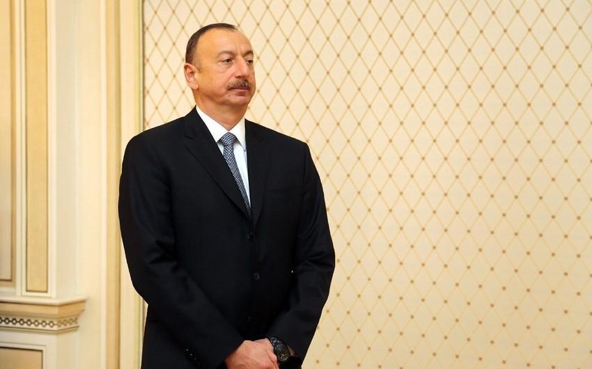 Prezident İlham Əliyev misirli həmkarına başsağlığı verib