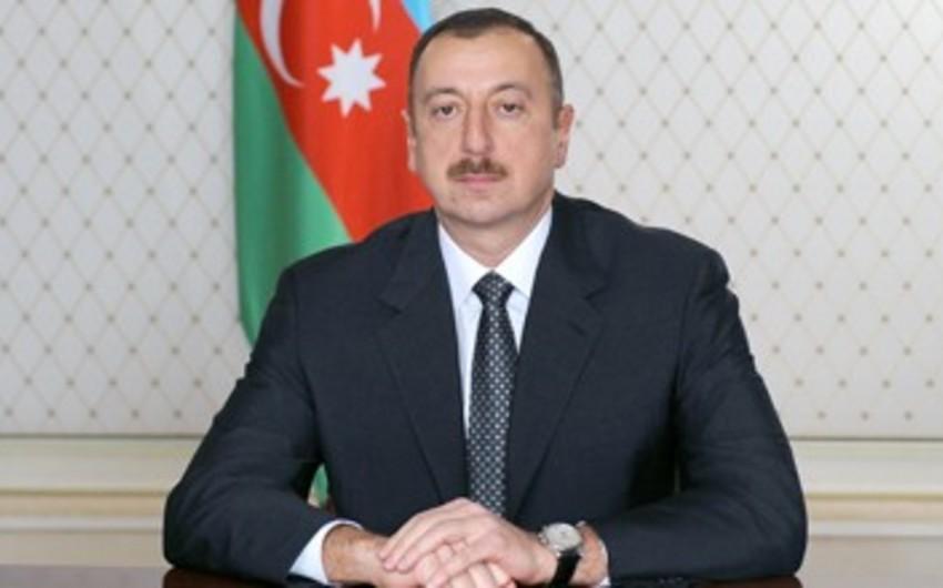 Azərbaycan Prezidenti belaruslu həmkarını təbrik edib