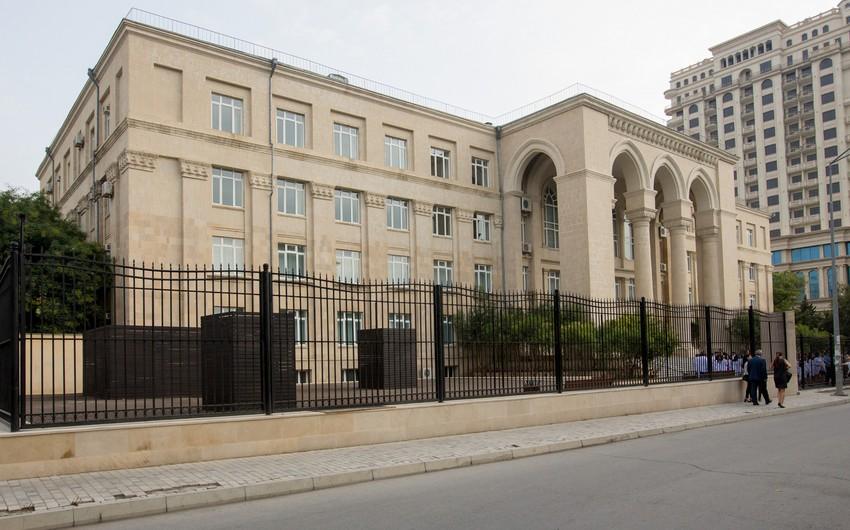 Moskva Dövlət Tibb Universitetinin Bakı Filialı sığortaçı seçir
