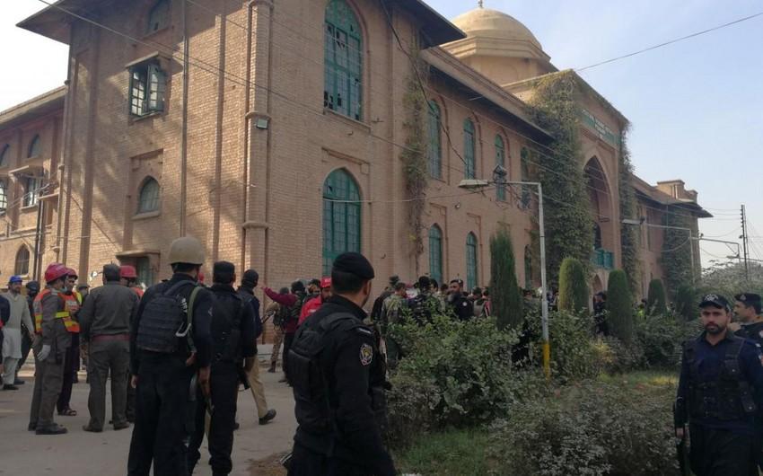 Terrorçuların Pakistanda universitetə hücumu nəticəsində 9 nəfər ölüb, 37 nəfər yaralanıb - YENİLƏNİB