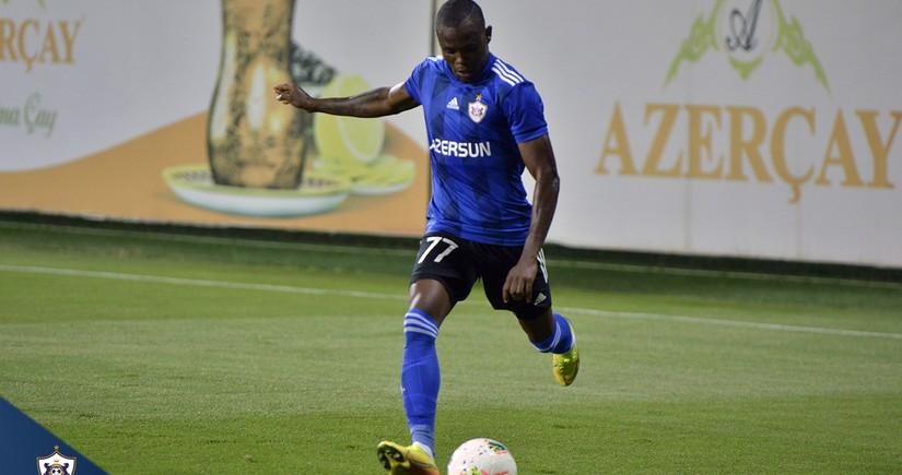 Qarabağdan ayrılan futbolçu avrokubokların rekordçuları sırasında