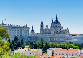 İspaniya turistlər üçün açılır