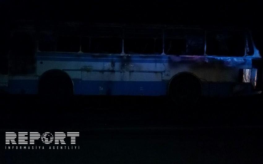 Zaqatalada sərnişin avtobusu yanaraq kül olub - FOTO