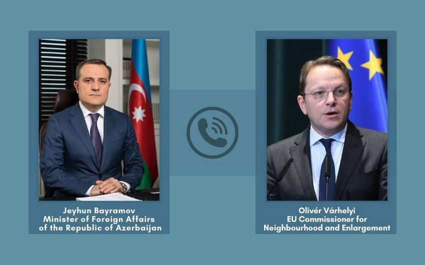 Между главой МИД Азербайджана и комиссаром ЕС состоялась телефонная беседа
