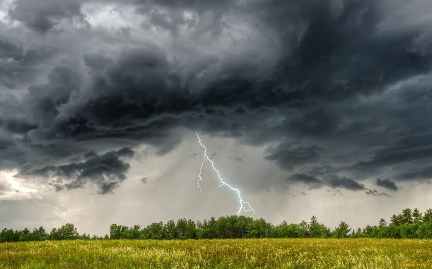 Ölkənin  bəzi yerlərində şimşək çaxıb, yağış yağıb - FAKTİKİ HAVA