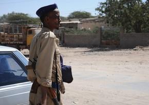 В Сомали при взрыве у полицейского участка погибли шесть человек