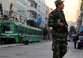 В Тунисе армия применила оружие для разгона участников акции протеста
