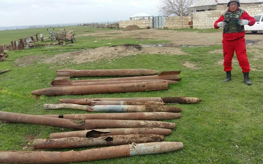Ağstafa sakininin həyətindən 12 ədəd raket tapılıb