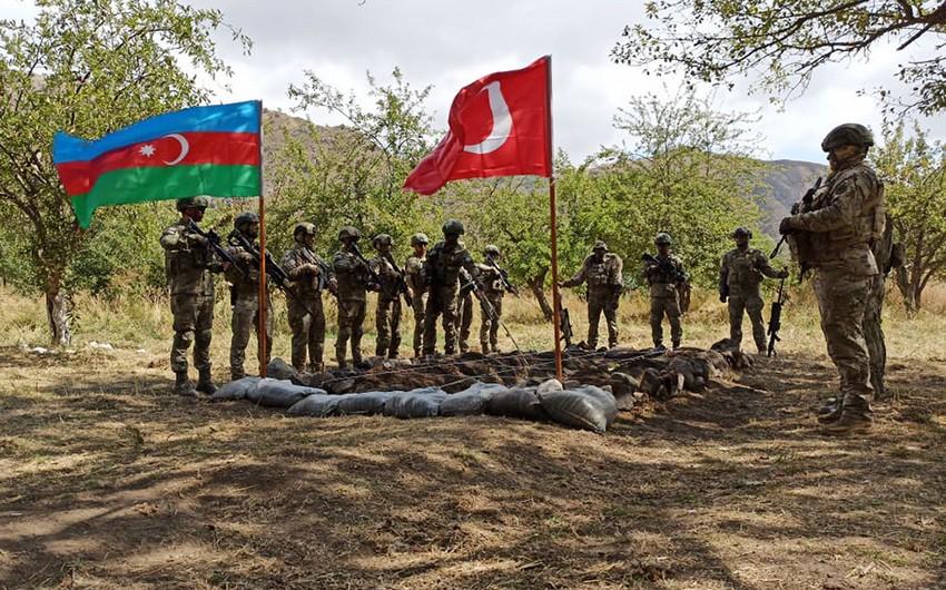 В Лачинском районе начались совместные азербайджано-турецкие учения