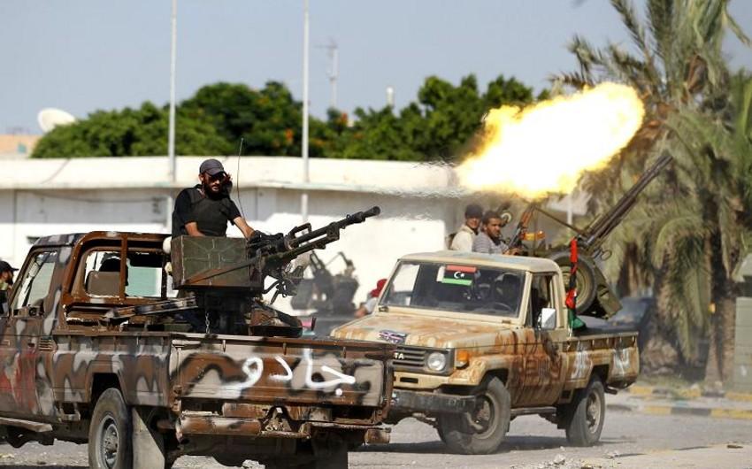 В Триполи боевики открыли огонь по демонстрантам