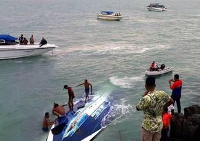 Braziliyada turistlərin olduğu qayıq aşıb, ölənlər var