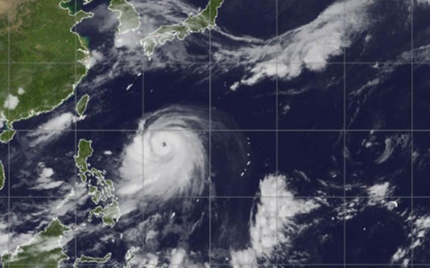 Filippində qasırğa nəticəsində 1,7 milyon nəfər evini tərk edib