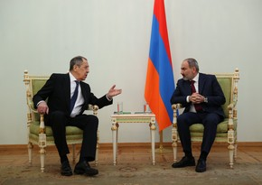 Sergey Lavrov meets Nikol Pashinyan