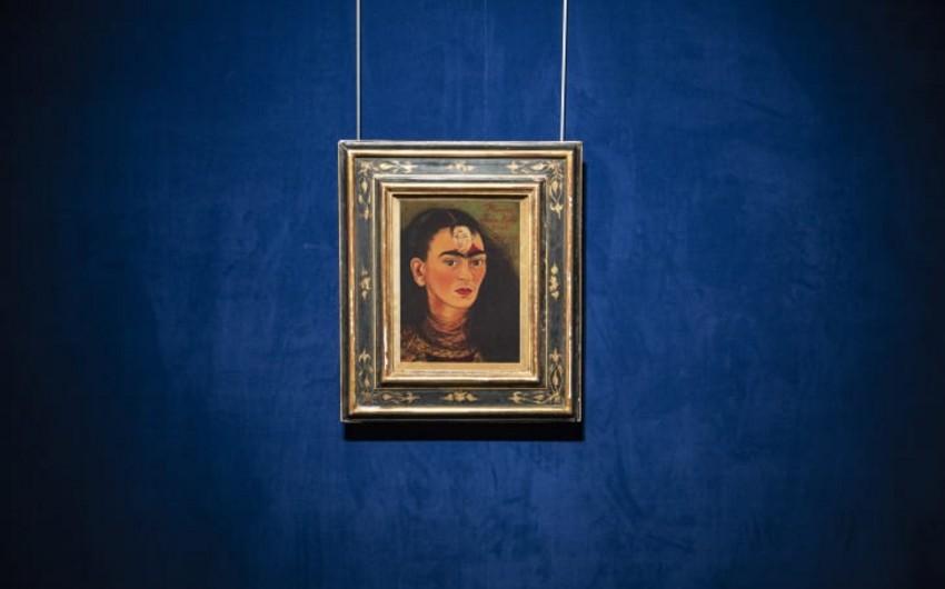 Автопортрет Фриды Кало продадут за рекордные $30 млн