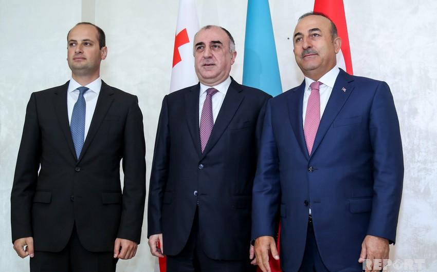 Azərbaycan, Türkiyə və Gürcüstan XİN başçılarının görüşünün yekununda bəyannamə və fəaliyyət planı qəbul edilib