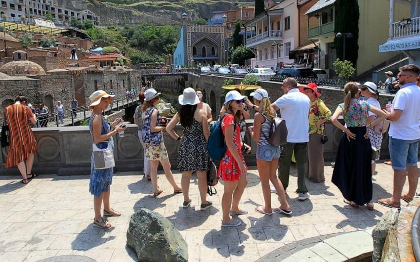 Gürcüstanın turizmdən gəliri kəskin artıb