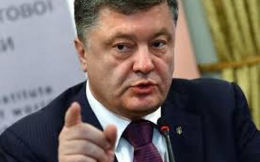 Poroşenko: İngilis dili Ukraynada ikinci dövlət dili olmalıdır